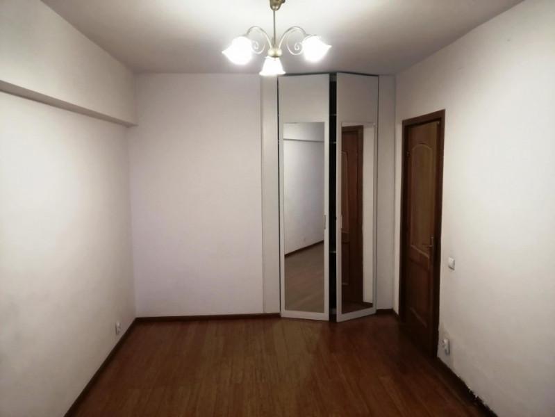 Inchiriere apartament 2 camere Unirii, bloc Horoscop