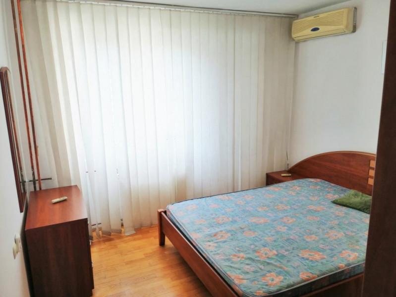 Inchiriere apartament 3 camere, zona Metrou Tineretului