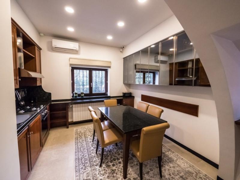 For sale prestigious 10 rooms villa, premium area, Bucharest, Comision 0%