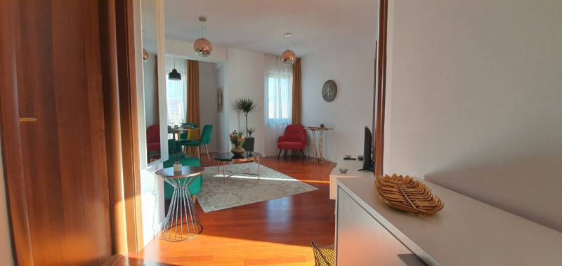 Inchiriere apartament lux ultracentral, Piata Universitatii