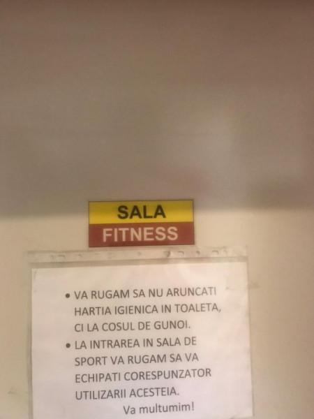 Vanzare 4 camere, terasa, garaj, boxa, fitness sauna, paza 24h, metrou Victoriei