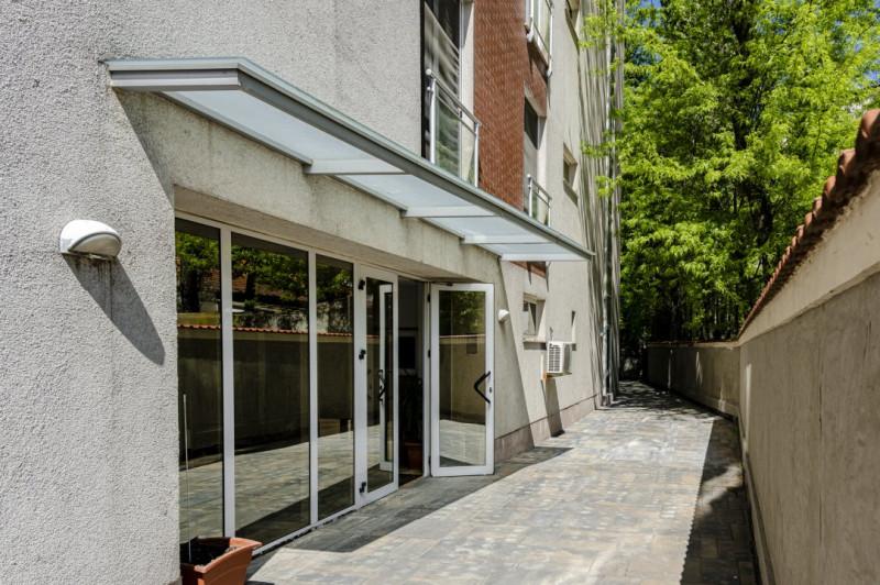 Vanzare apartament 2 camere premium in Victoriei, bloc 2011